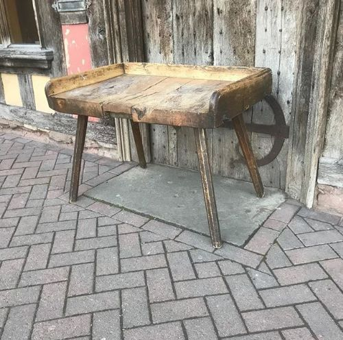 Awe Inspiring Early 19Thc Sycamore Primitive Table Work Bench 579948 Andrewgaddart Wooden Chair Designs For Living Room Andrewgaddartcom