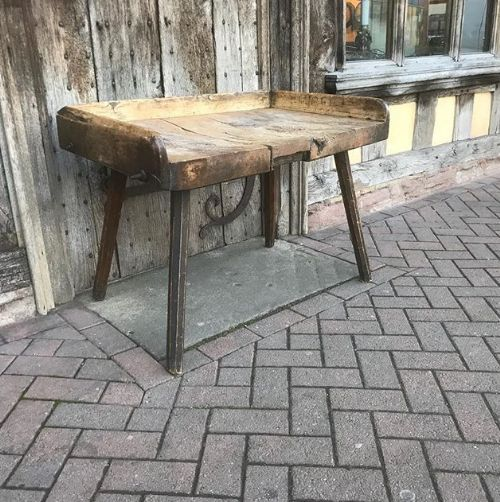 Prime Early 19Thc Sycamore Primitive Table Work Bench 579948 Andrewgaddart Wooden Chair Designs For Living Room Andrewgaddartcom